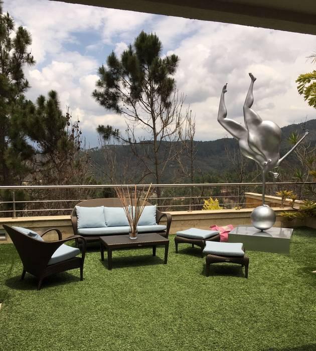 Proyecto Oripoto Jardines de estilo moderno de THE muebles Moderno