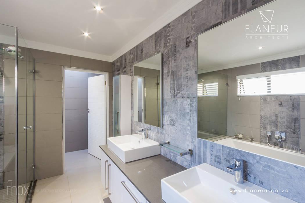 Salida del Sol Morningside Modern bathroom by Flaneur Architects Modern