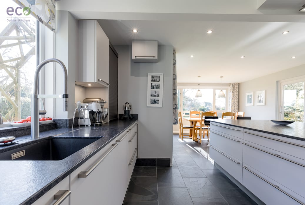Stunning open plan Satin Grey kitchen : modern Kitchen by Eco German Kitchens