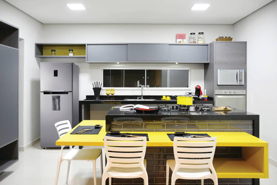 Nhà bếp phong cách hiện đại bởi Híbrida Arquitetura, Engenharia e Construção Hiện đại
