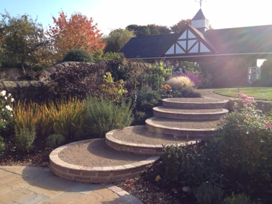 A Cheshire Country Garden:  Garden by Charlesworth Design