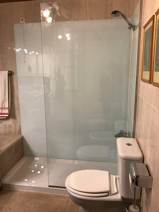 Depois por Poliwork - Remodelação de Casas de Banho