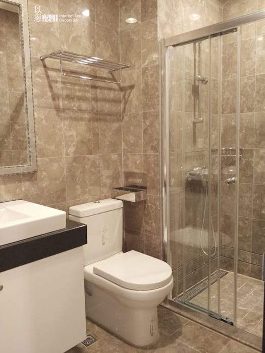共用衛浴:  浴室 by 以恩設計
