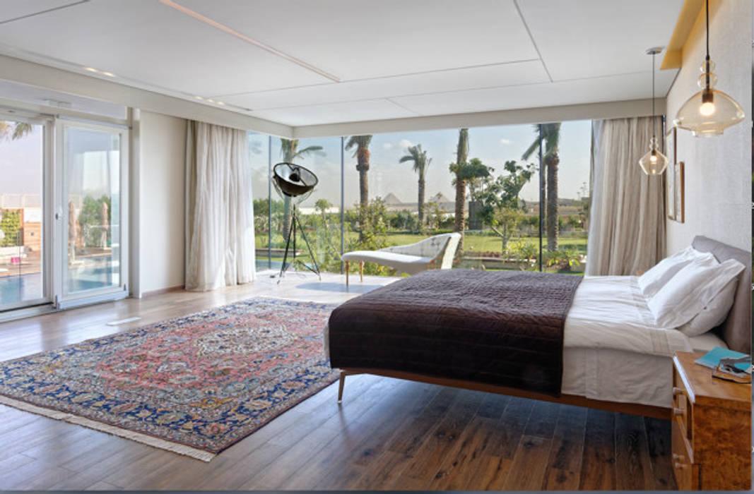 Bedroom overlooking Pyramids Jam Space Ltd Eclectic style bedroom Multicolored