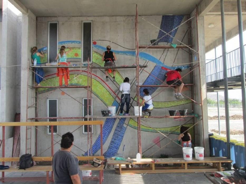 MOSAICO MURAL Paredes y pisos modernos de MOSAICO CONTEMPORANEO Moderno Cerámico