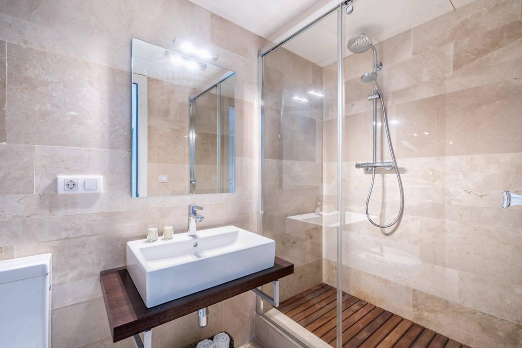 Salle de bain scandinave par Espacios y Luz Fotografía Scandinave