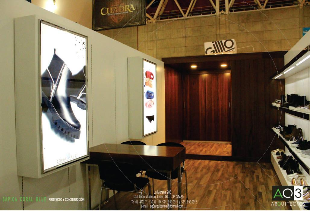 CORAL BLUE: Salas multimedia de estilo moderno por AQ3 Arquitectos