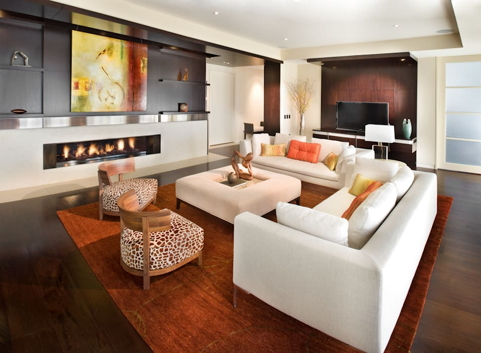 Penthouse Posh - Living Room Lorna Gross Interior Design Modern living room White