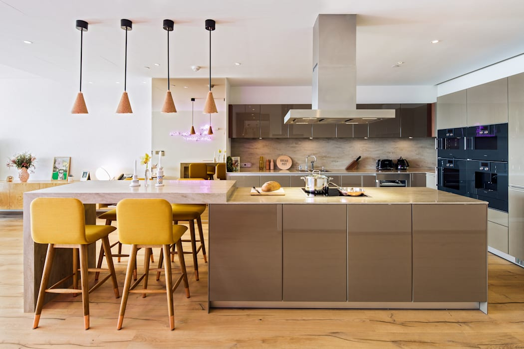Modern kitchen by MERVE KAHRAMAN PRODUCTS & INTERIORS Modern