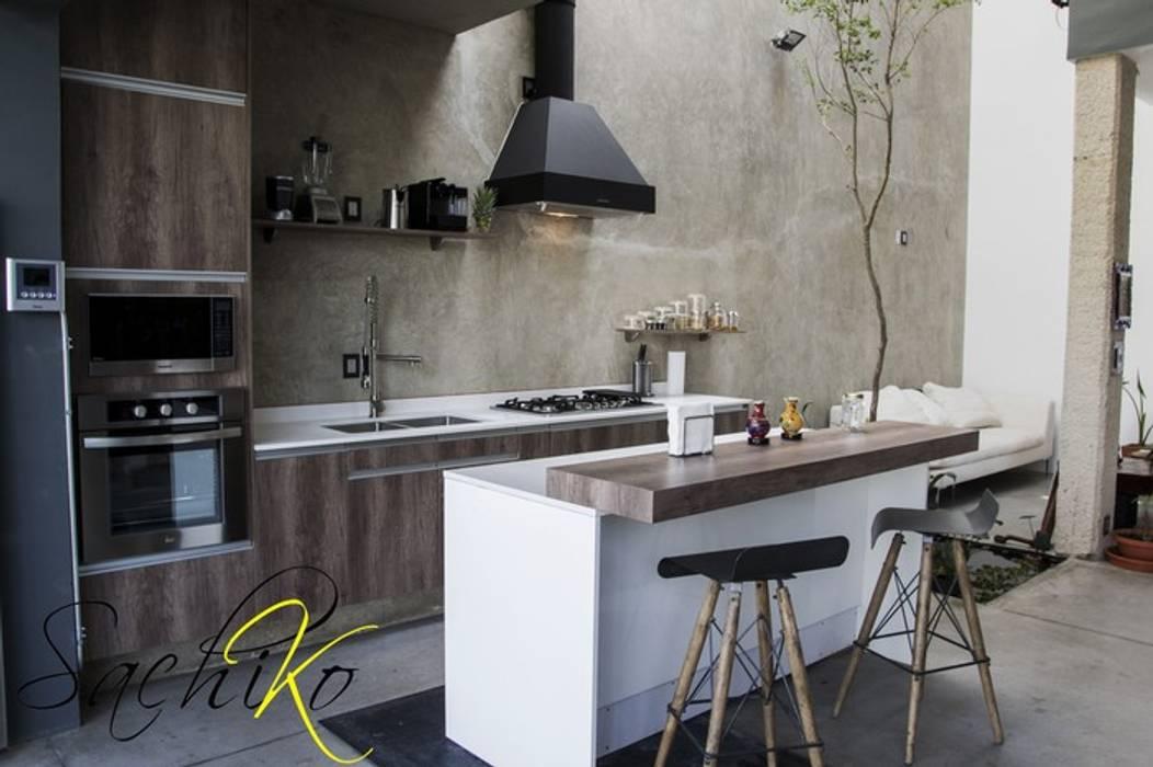 COCINA SOLARES VASANTA 11: Cocina de estilo  por SACHIKO COCINAS