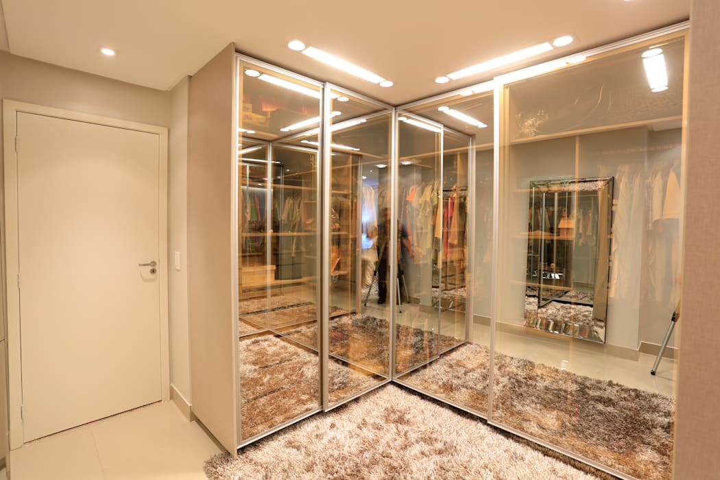 Apt. Marcelo Puppin - Ed. Moment Closets por Daniel Di Rezende Bernardes Arquitetura Moderno