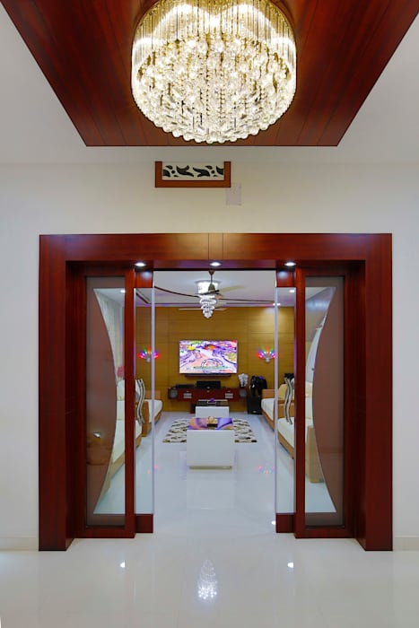 Elegance at Its Best! Premdas Krishna Classic style corridor, hallway and stairs