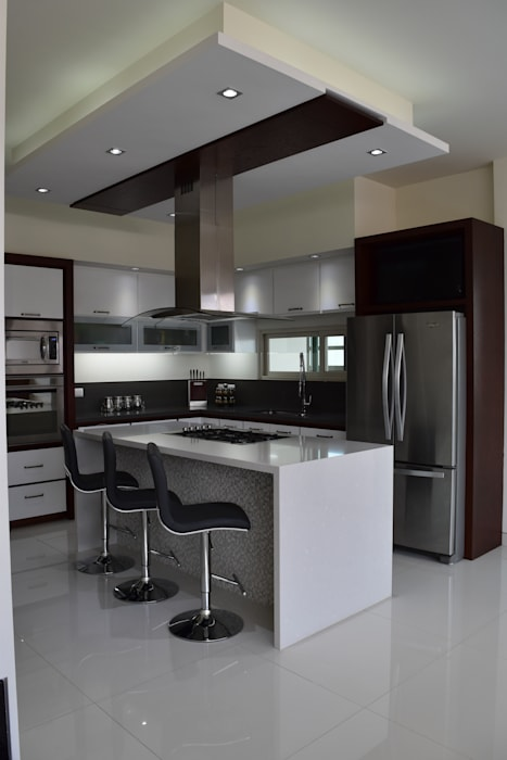Casa Los Cerezos: Cocinas de estilo  por arketipo-taller de arquitectura, Moderno
