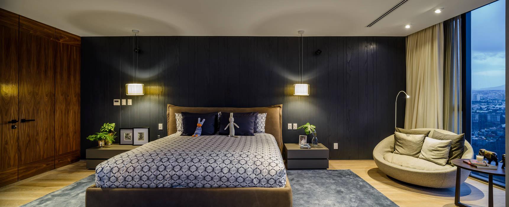 Habitaciones modernas de NIVEL TRES ARQUITECTURA Moderno Madera Acabado en madera