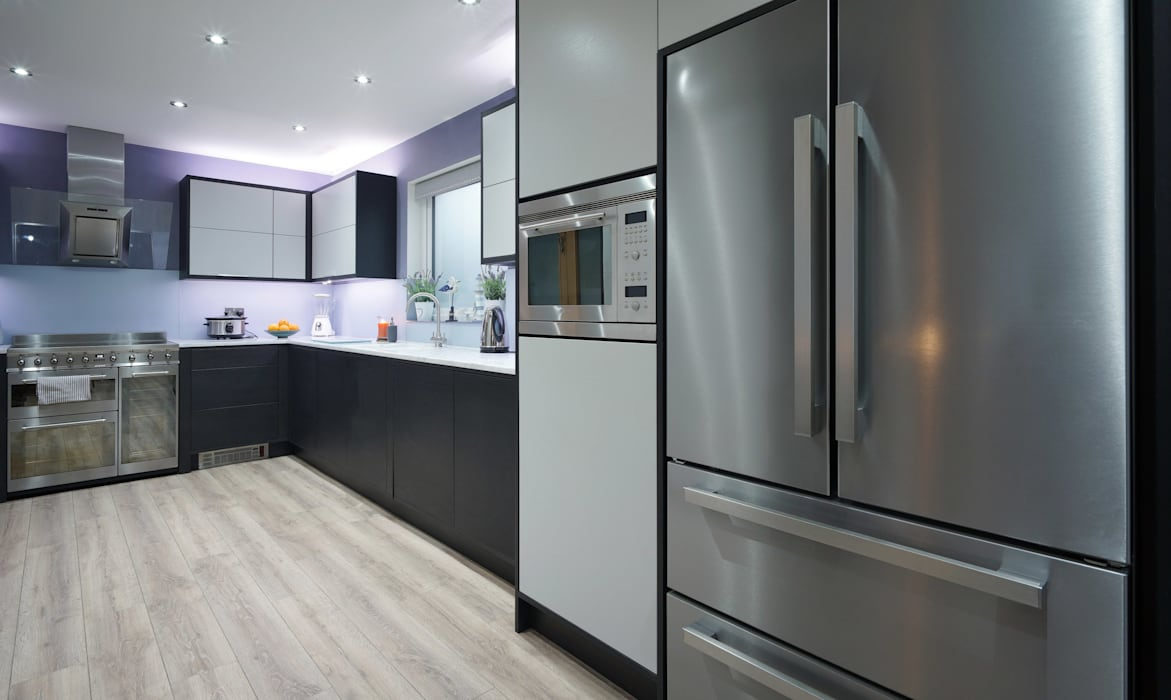 Sleek & Streamlines Push Opening Cabinets: modern Kitchen by ADORNAS KITCHENS