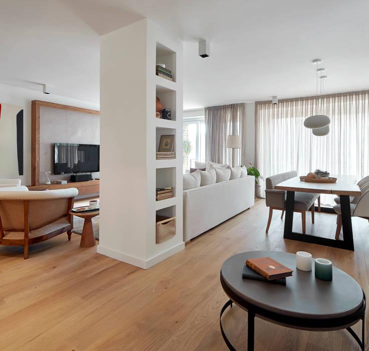 Rustic style living room by Deu i Deu Rustic Solid Wood Multicolored