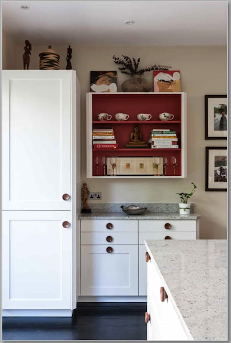 Hand painted cabinet: eclectic Kitchen by Greengage Interiors