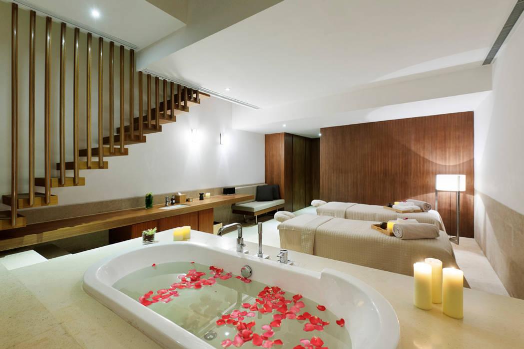 曦軒水療館   XiXuan Medi-Spa:  按摩浴缸 by  何侯設計   Ho + Hou Studio Architects ,