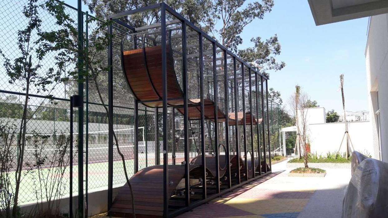 Onda Park Escolas mediterrâneas por Maplay Equipamento para Recreação Mediterrâneo