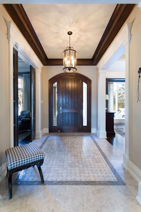 Frahm Interiors Classic style corridor, hallway and stairs Marble