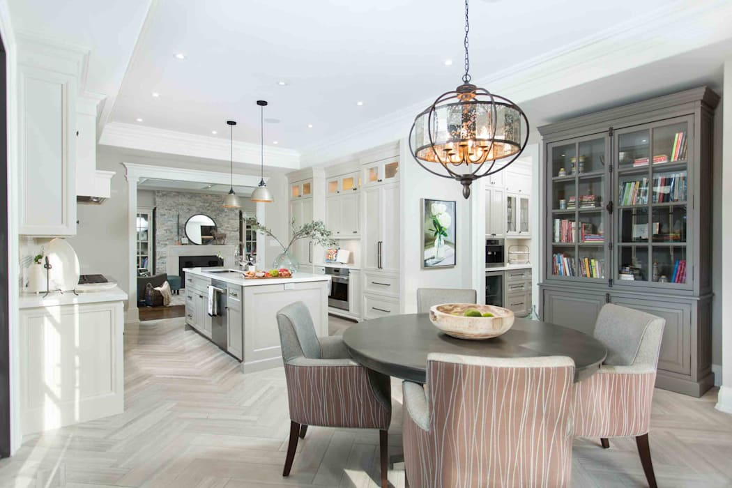 Texture and style: classic Kitchen by Frahm Interiors