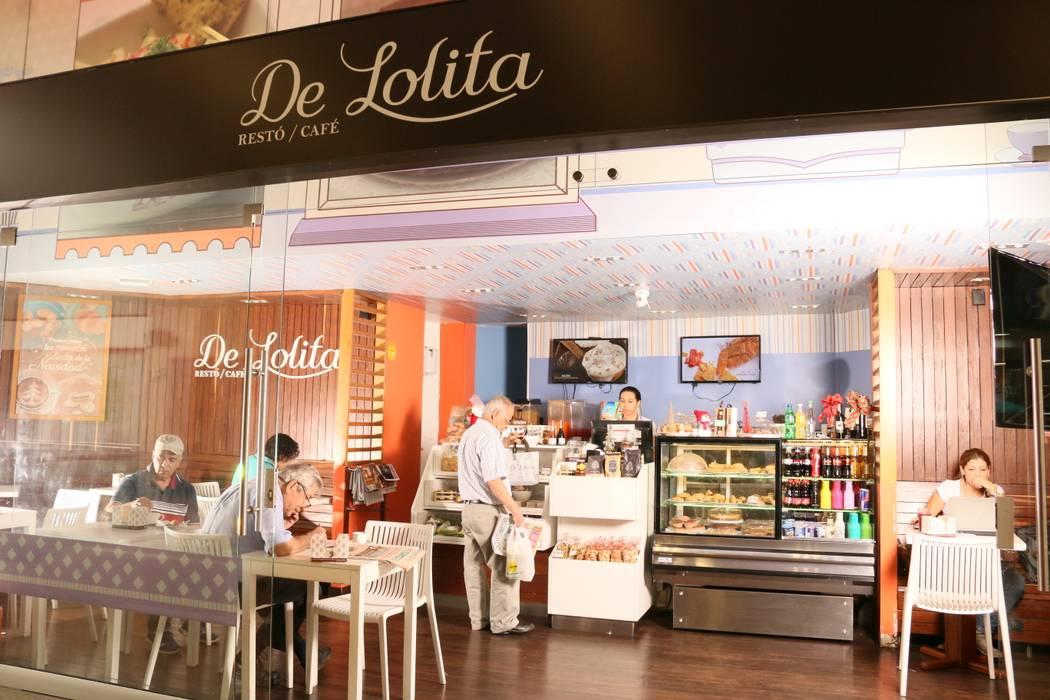DeLolita Unicentro: Espacios comerciales de estilo  por @tresarquitectos,