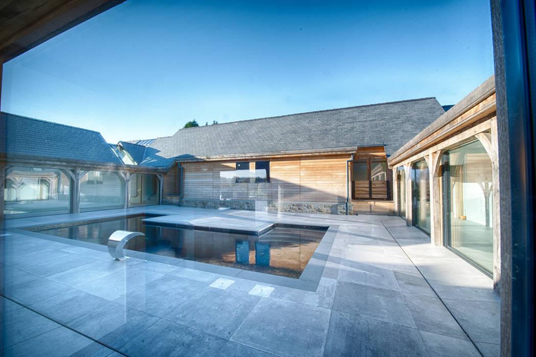 Forty Farm Modern pool by Smarta Modern