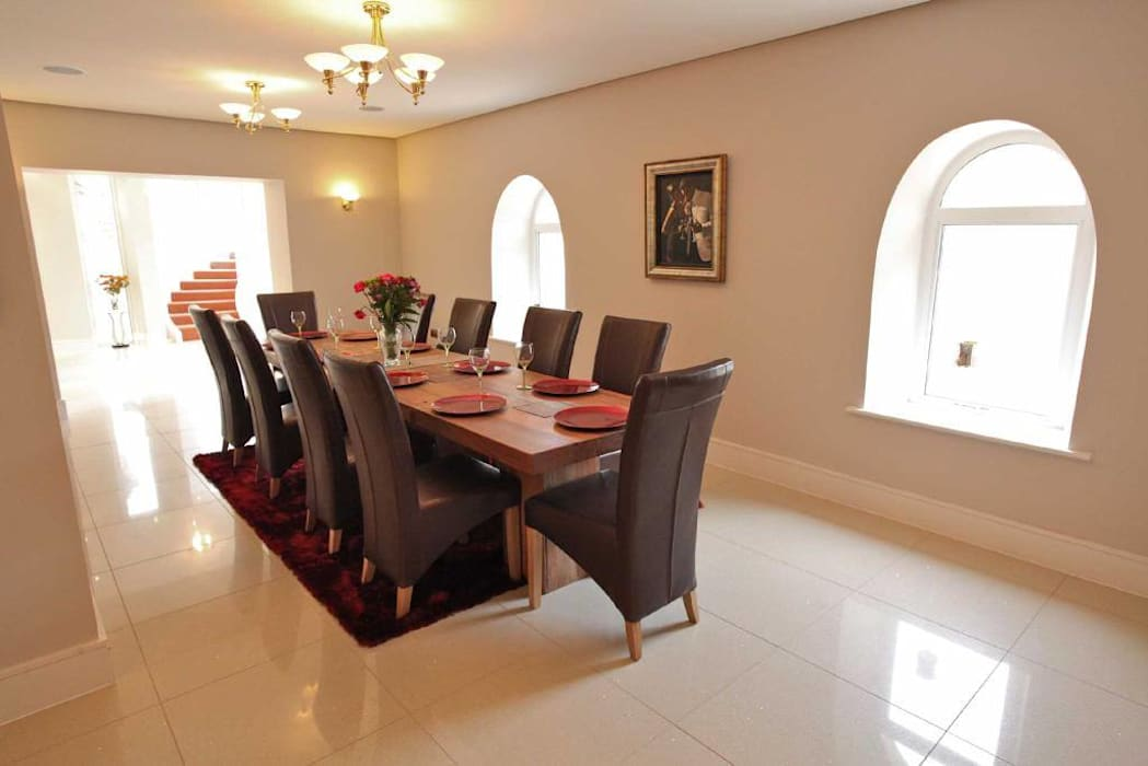 Draethen Farm House Conversion Smarta Modern dining room