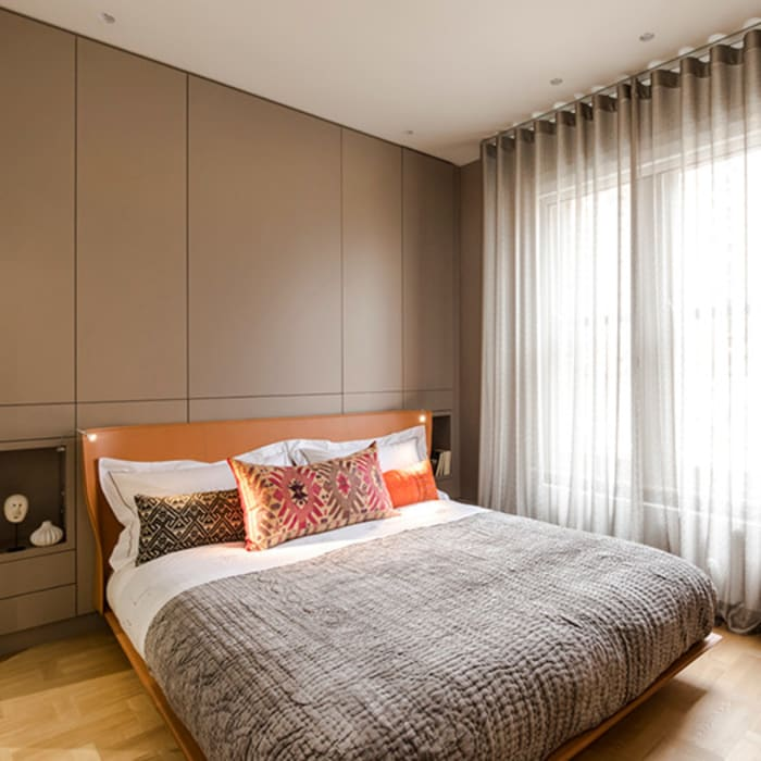 View of bedroom: modern Bedroom by Studio 29 Architects ltd