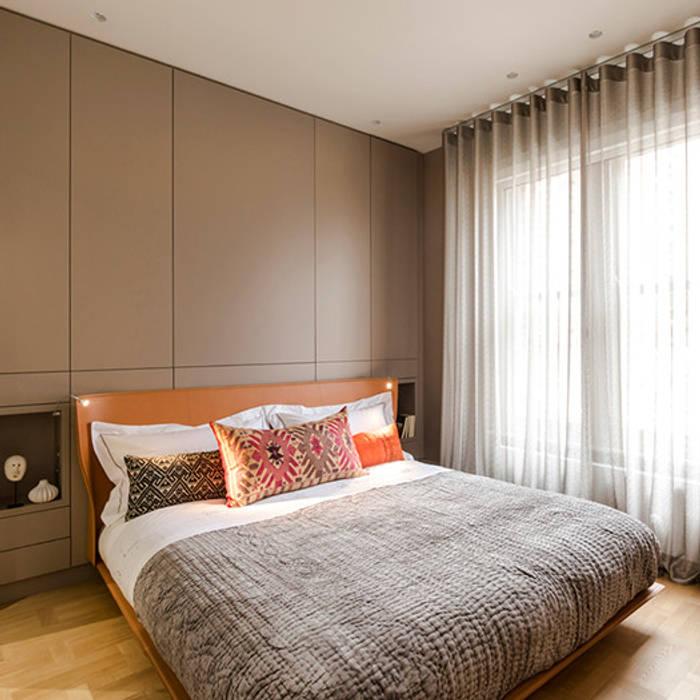 View of bedroom:  Bedroom by Studio 29 Architects ltd