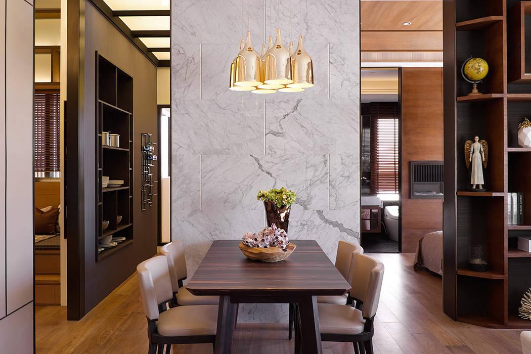 Salle à manger de style  par 大觀室內設計工程有限公司,