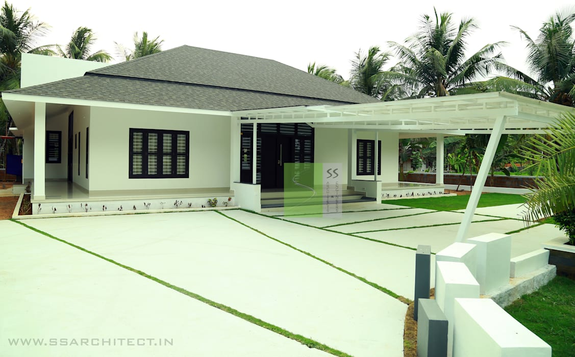 SINGLE STORY HOME:  Houses by SS ARCHITECTS & ENGINEERS,