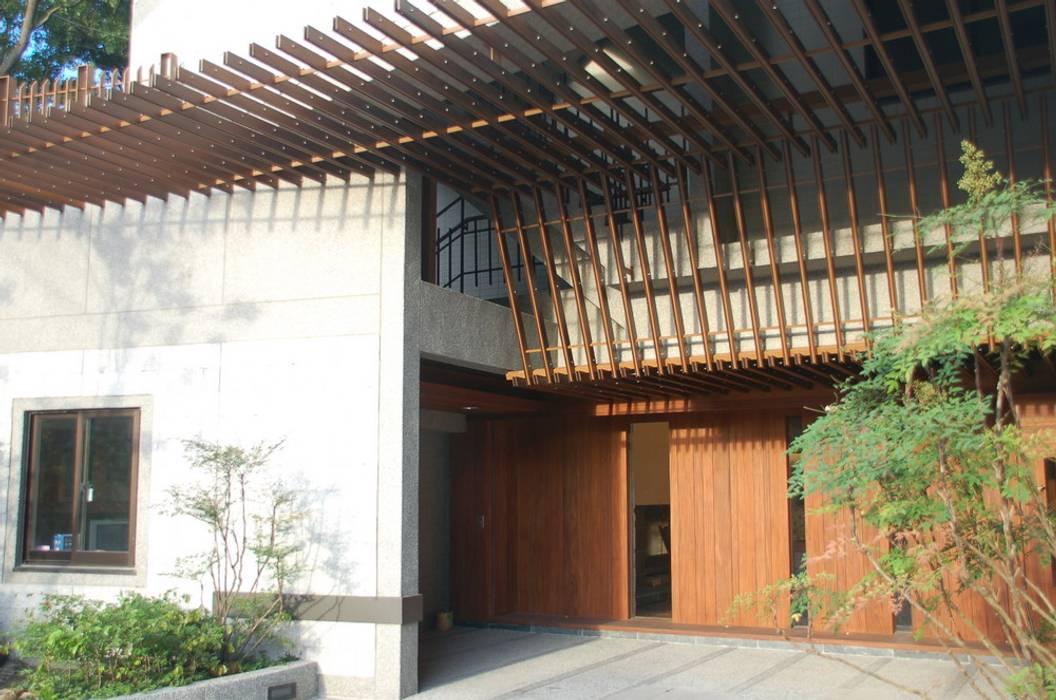 菩方田 根據 黃宏輝建築師事務所 隨意取材風 金屬