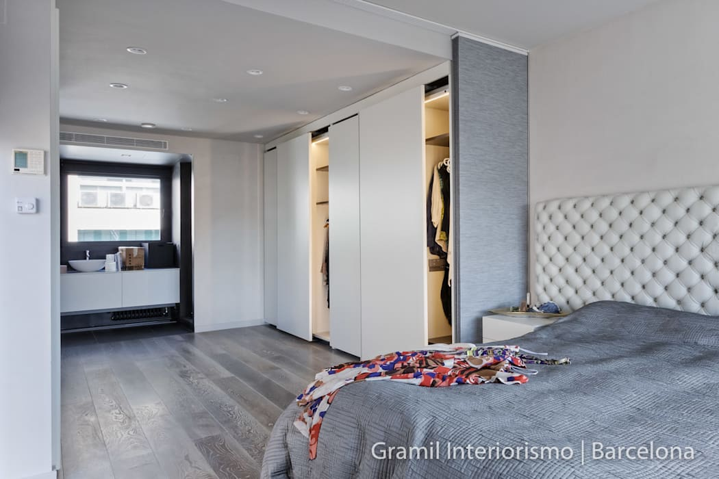 Vivienda en Sant Just: Dormitorios de estilo  de Gramil Interiorismo II - Decoradores y diseñadores de interiores