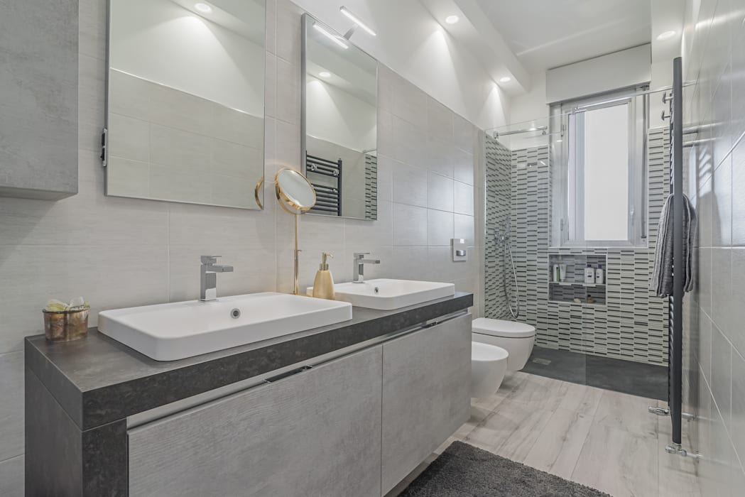 Bagno Stile Minimalista : Bagno bagno in stile in stile minimalista di facile ristrutturare