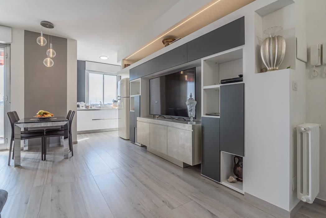 Parete attrezzata soggiorno minimalista di facile for Soggiorno minimalista