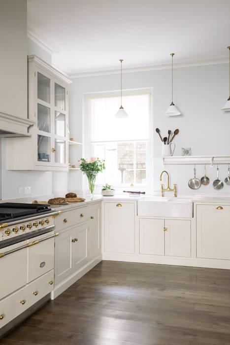 The SW1 Kitchen by deVOL : classic Kitchen by deVOL Kitchens
