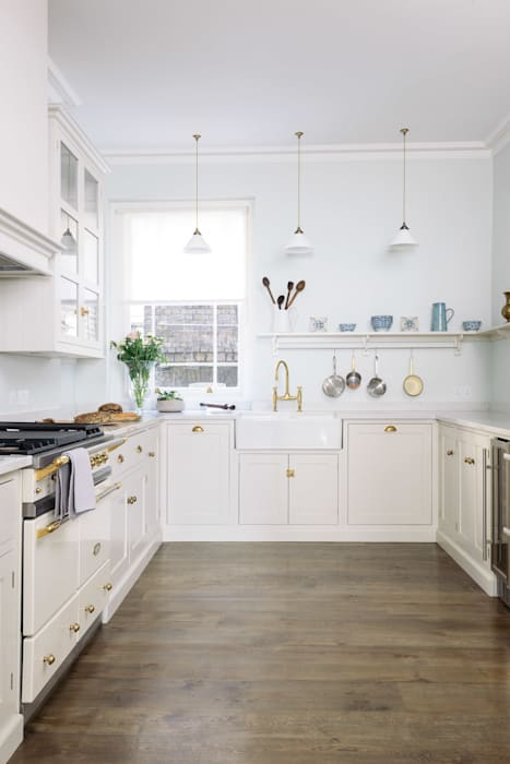 Dapur oleh deVOL Kitchens, Klasik Kayu Wood effect