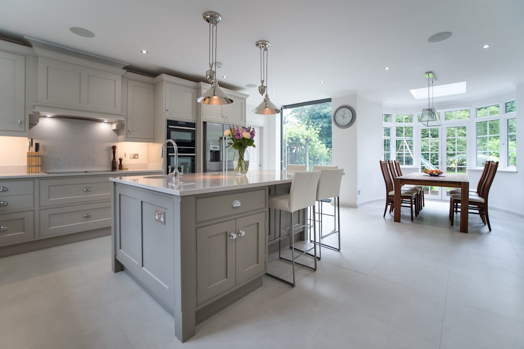 Beautiful bespoke kitchen in Hertfordshire by John Ladbury:  Kitchen by John Ladbury and Company