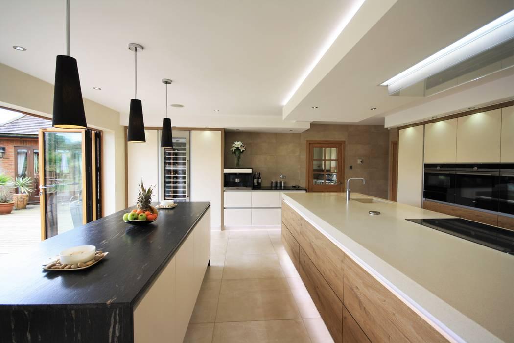Wickham Bishops, Witham Modern kitchen by Kitchencraft Modern