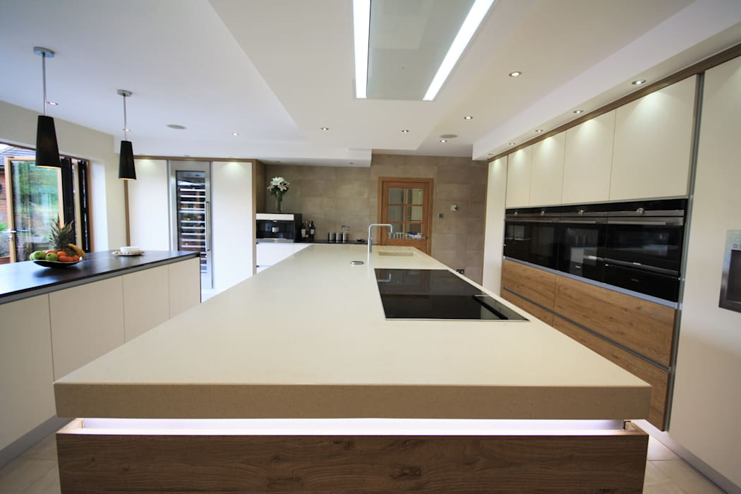 Wickham Bishops, Witham:  Kitchen by Kitchencraft