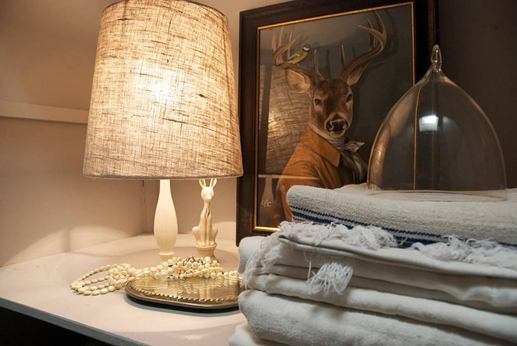 Gorizia 2015: Camera da letto in stile in stile Classico di casa&stile interior design e ristrutturazioni