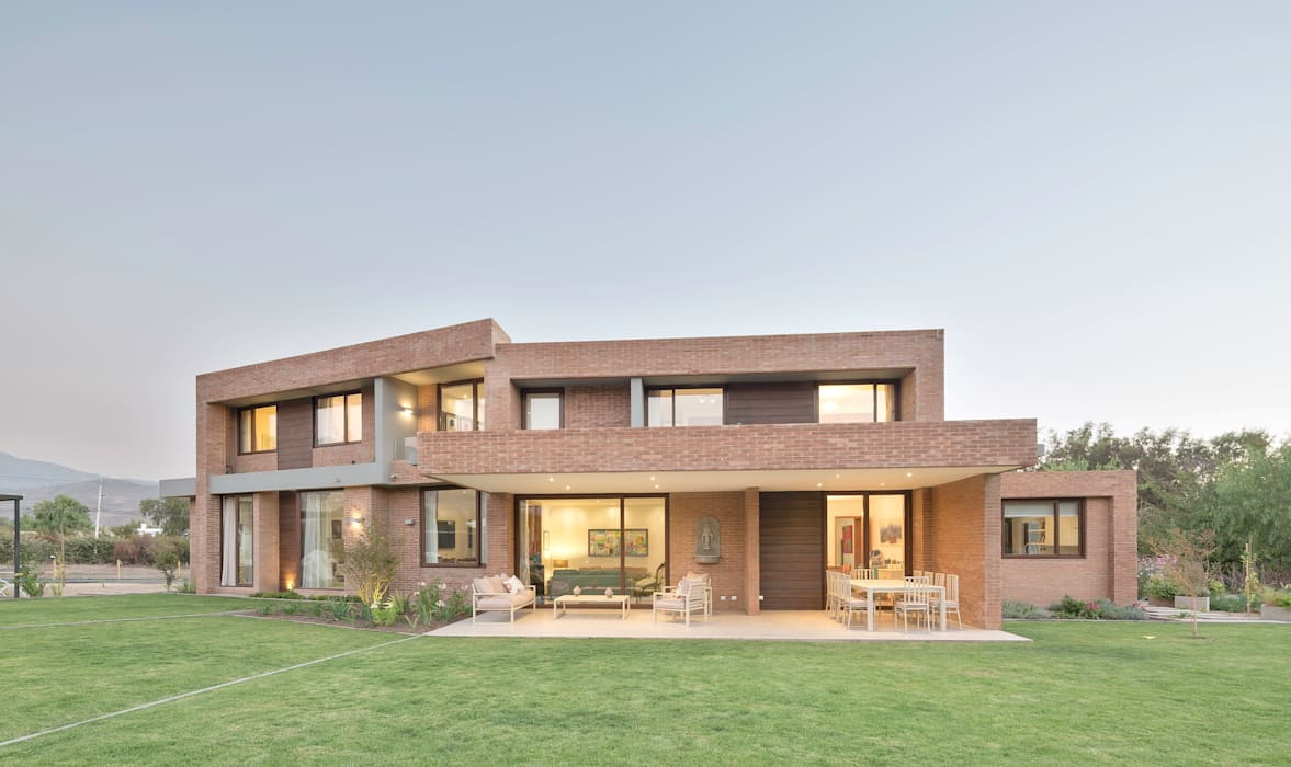 Casas modernas de Grupo E Arquitectura y construcción Moderno