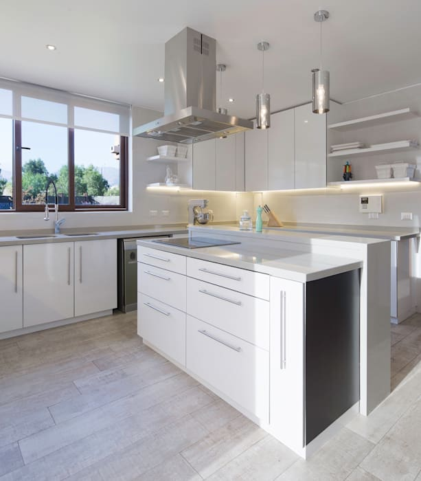 Cocinas de estilo moderno de Grupo E Arquitectura y construcción Moderno