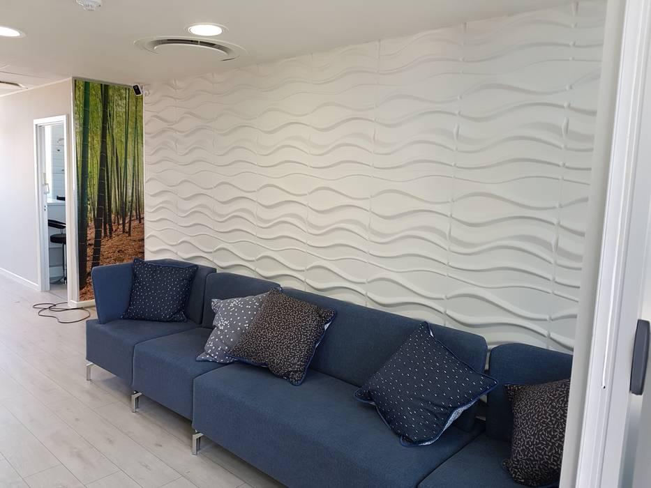 3D Wall Decor:  Walls by Leone Truter Interiors,