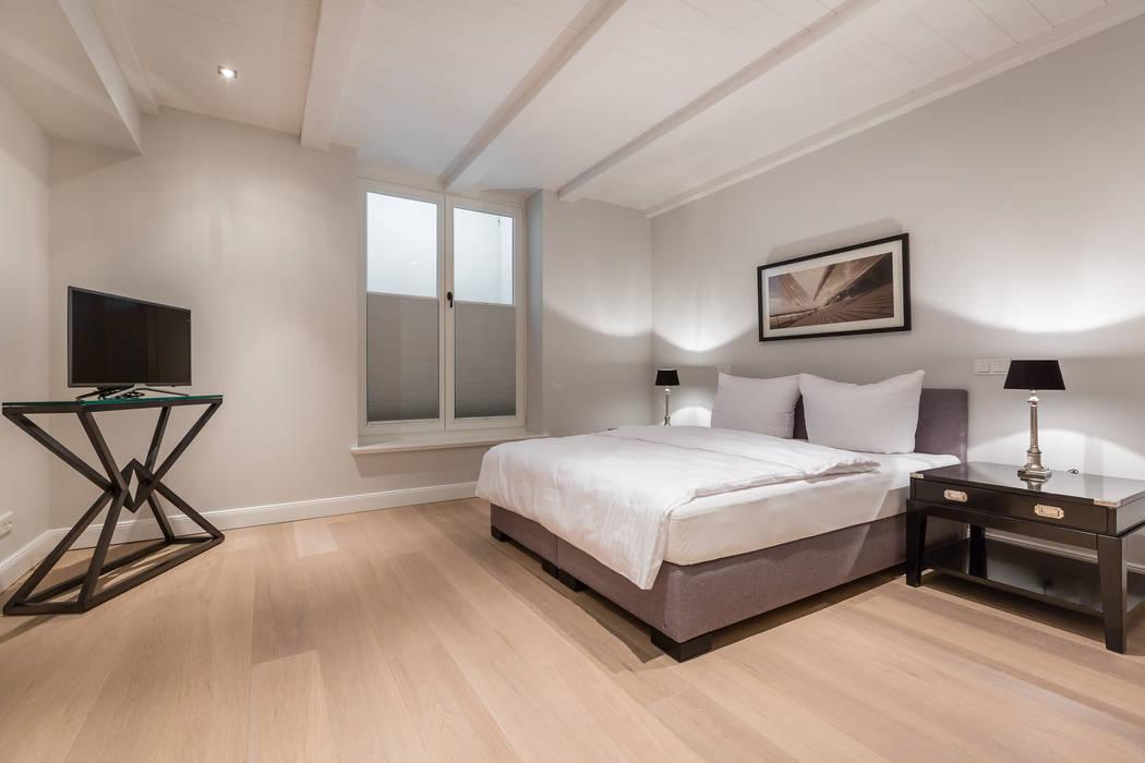 Chambre de style  par Home Staging Sylt GmbH, Moderne