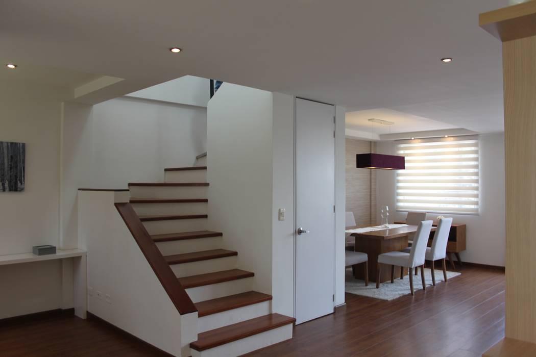 Entrada pasillos y recibidores de estilo por home reface dise o interior cdmx homify - Recibidores de casas modernas ...