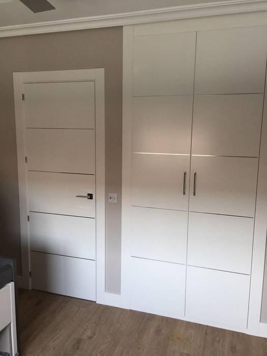 Puerta y armario lacados en color blanco vestidores de - Armarios lacados en blanco ...