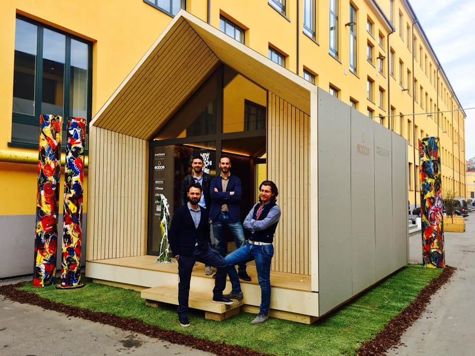 Microarch Smarthome | #fuorisalone Milano Case in stile scandinavo di MODOM srl Scandinavo Legno Effetto legno