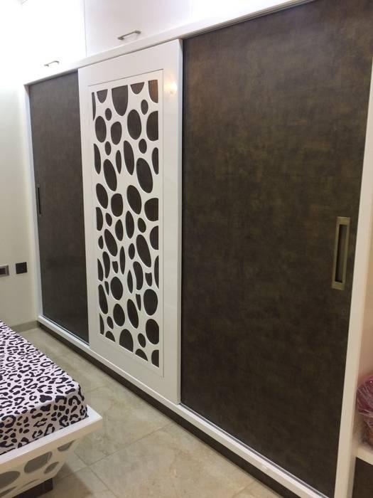 Master Bedroom :  Bedroom by Nabh Design & Associates